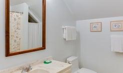 The-Anchorage-Inn-601-Bath
