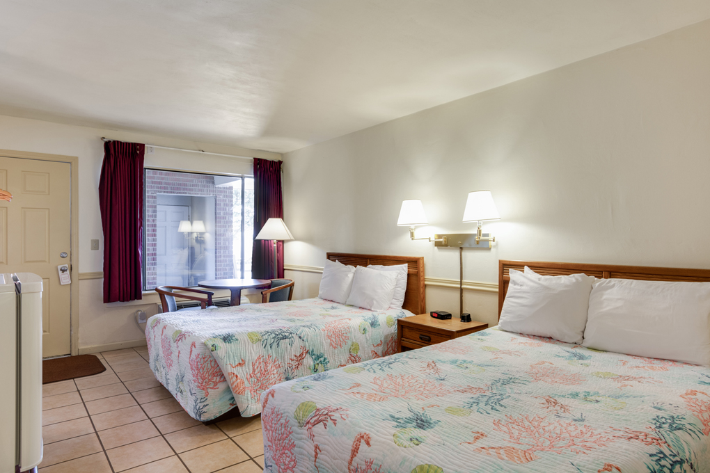 The Anchorage Inn | Two Double Beds